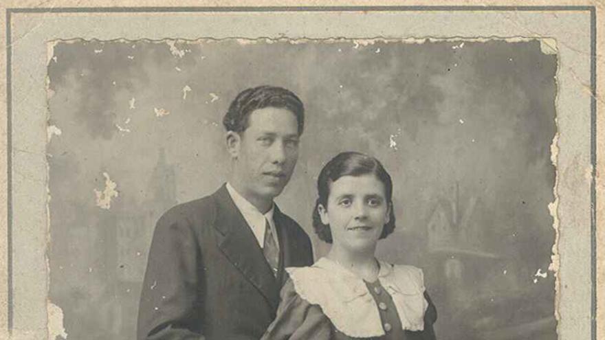 Julio Tomás y su mujer, María, en una foto que conserva la familia