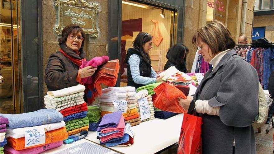El declive del sector servicios español se acelera en abril, según Markit