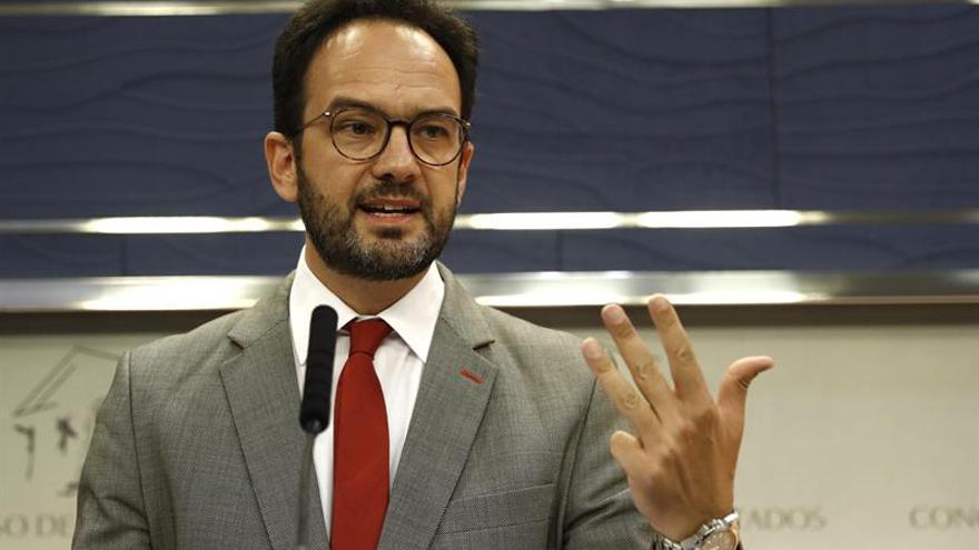 El PSOE exige al Gobierno que cese a Dancausa