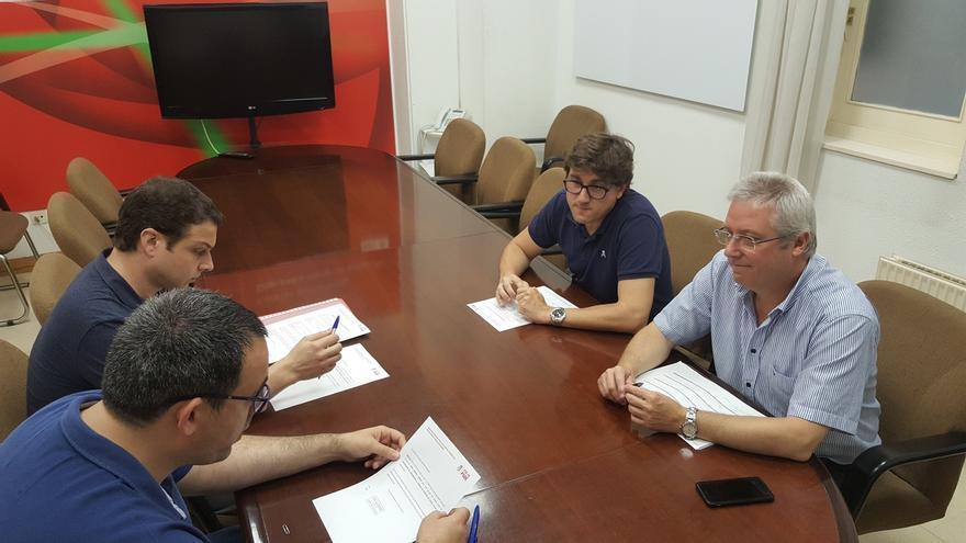 Eneko Andueza registra su candidatura a la secretaría general del PSE-EE de Gipuzkoa