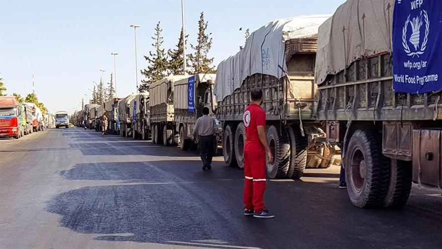 El régimen sirio asegura que el Ejército nacional no atacó el convoy humanitario