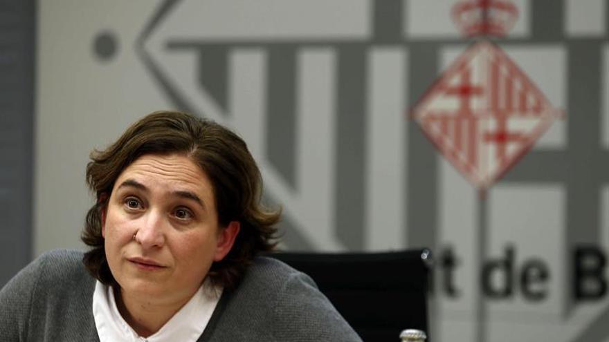 """Colau: """"Espero que el gobierno catalán nos explique cómo va a ser referéndum"""""""