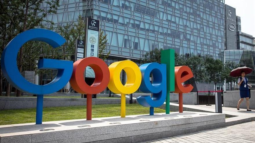 """Google """"ordena"""" a los internautas que vayan a votar mediante un Doodle"""