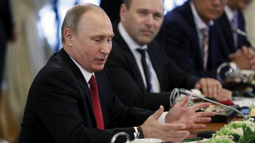 Putin: EEUU usa la amenaza nuclear de Pyongyang como excusa para el escudo antimisiles