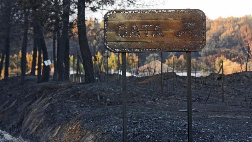 La estabilización del incendio de Gata permite la vuelta de los evacuados