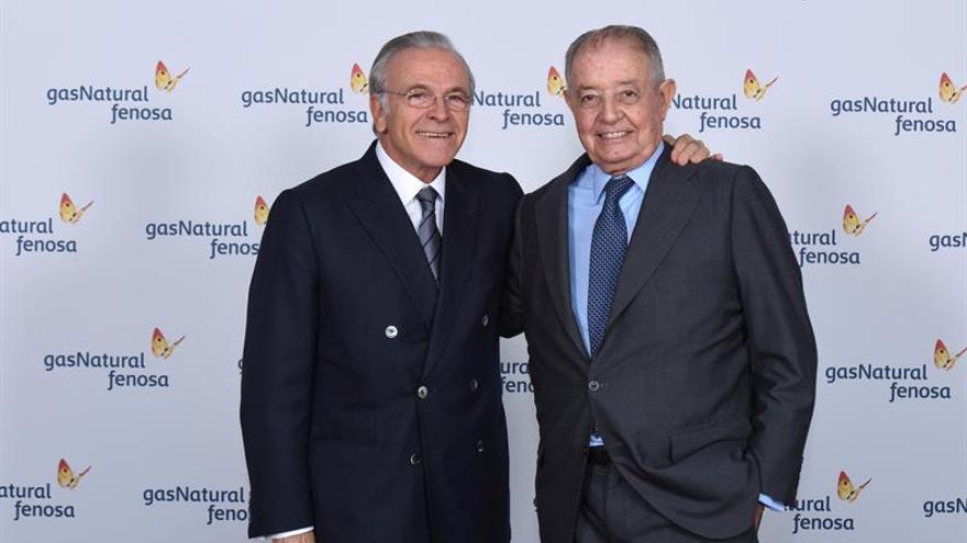 Isidro Fainé, elegido presidente de Gas Natural, que reorganiza su consejo
