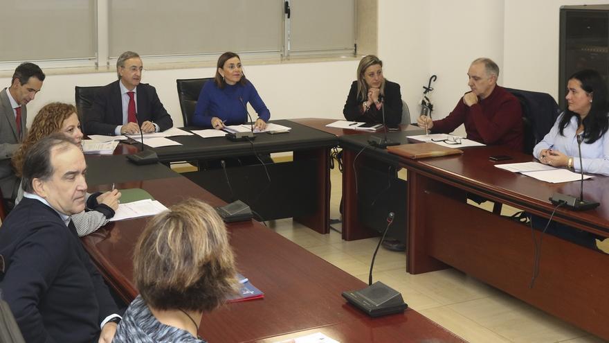 El Gobierno oferta 260 cursos y 6.900 plazas para la formación de sus empleados públicos