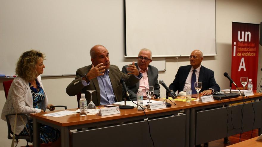 """Chaves dice que el auge del """"populismo"""" es un """"peligro"""" para la UE causado por la """"desafección"""" ciudadana"""
