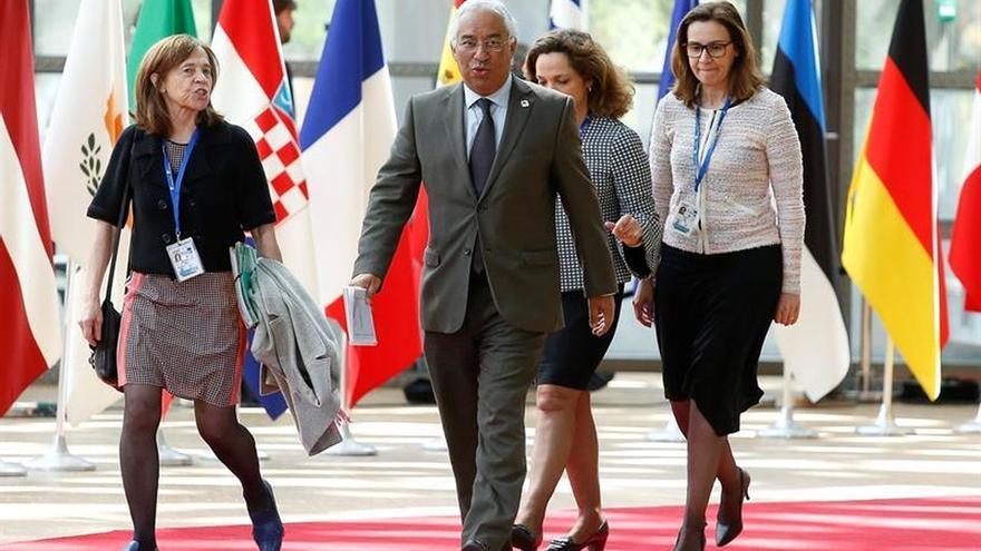La CE, España y Portugal sellan un acuerdo sobre el almacén nuclear de Almaraz