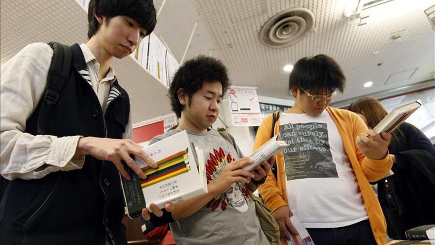 """La nueva novela de Murakami inicia en Japón su esperado """"peregrinaje"""""""