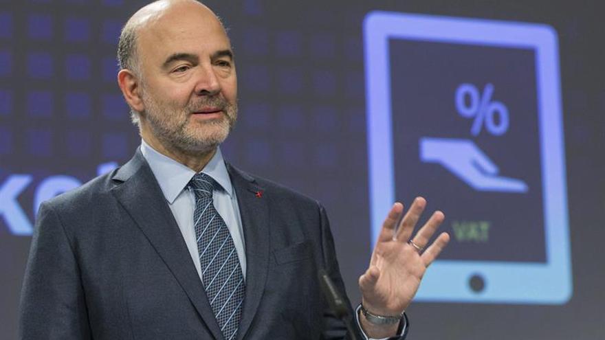 """Moscovici confía en la solidez de Italia, un país """"extremadamente estable"""""""