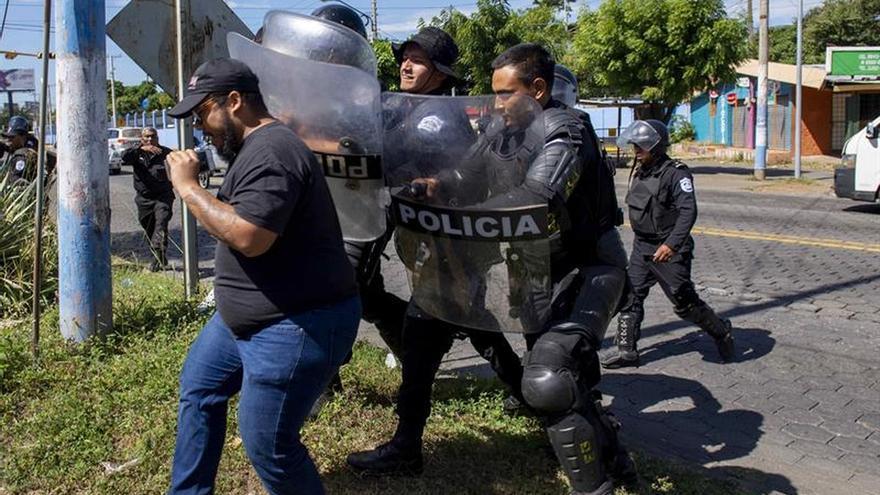 """Asociación periodista condena """"confiscación"""" a grupo de medios en Nicaragua"""