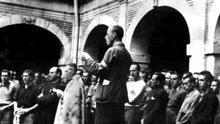 """Los hijos y nietos de presos en los campos franquistas: """"A mi abuelo le arruinaron la vida, le volvieron loco a palos"""""""
