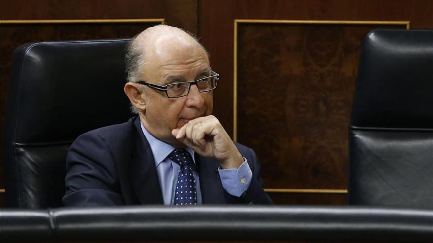 Montoro admite que puede haber diferencias en la reforma fiscal de cada comunidad autónoma