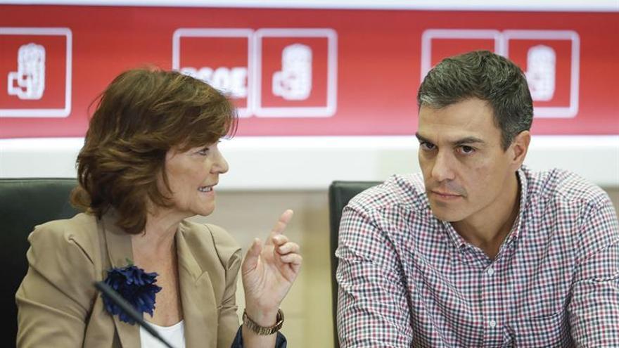 Pedro Sánchez en una reunión en Ferraz.