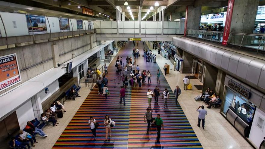 La corresponsal de RTVE en Colombia retenida al llegar al aeropuerto Caracas