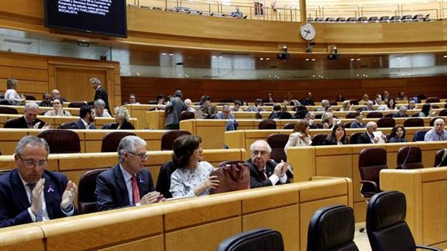 El Senado rechaza la moción que pedía retirar los recursos del Constitucional contra el Parlament