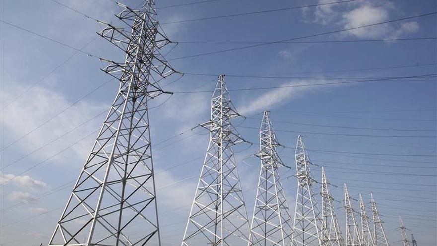 Cambiar de comercializadora de luz o gas tarda de 13 a 15 días, según informe