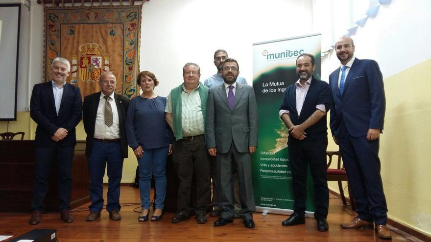 Miembros del Consejo General de Ingenieros Técnicos Agrícolas, la Universidad de la Laguna, el Colegio Oficial de Ingenieros Técnicos Agrícolas de Tenerife, Munitec y Agroslab.