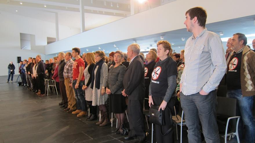 El Gobierno de Navarra homenajea a los 510 empleados públicos jubilados o fallecidos en 2014