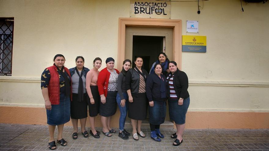 Dones de l'Associació Brúfol.
