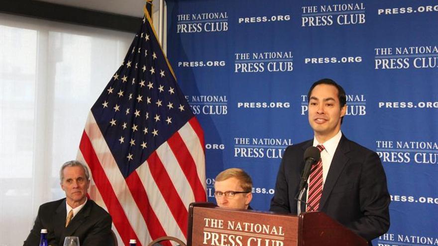 El demócrata Julián Castro estudia presentarse a las presidenciales de 2020