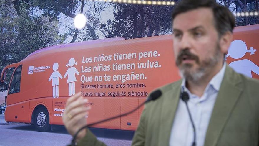 Plataforma Trans exige a Zoido que retire la utilidad pública a HazteOír