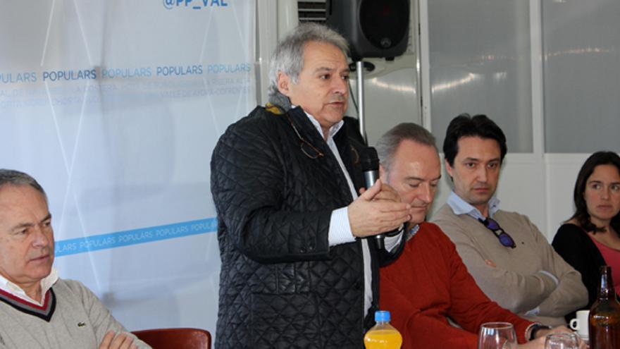 Alfonso Rus, con Alberto Fabra, en el Comité Ejecutivo provincial