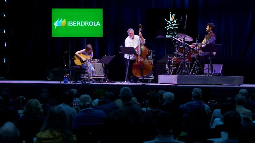 Mary Halvorson y Thumbscrew impresionan en el Jazz de Vitoria