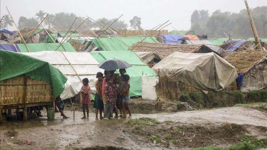 El ciclón Mahasen alcanza la costa de Bangladesh
