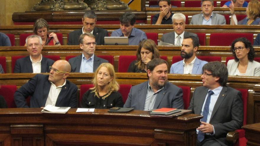 """Puigdemont avala el proceso constituyente y lo impulsará: """"No estamos fuera de la legalidad"""""""