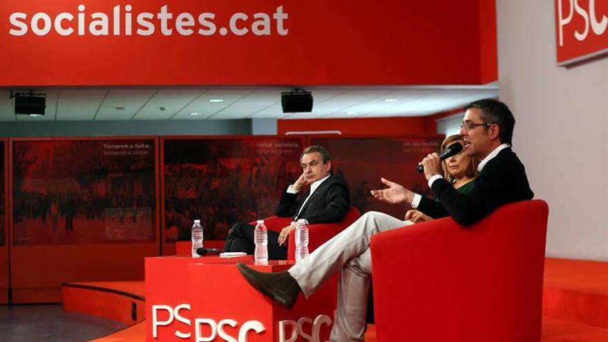 Zapatero y Madina defienden la abstención del PSOE ante los militantes del PSC
