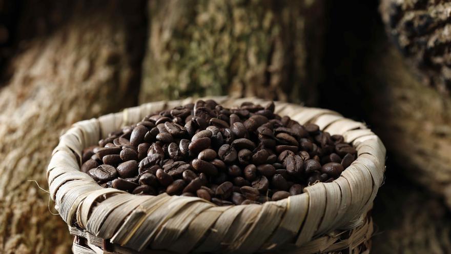 El precio del café se dispara un 10 % en un día, la mayor subida en 7 años