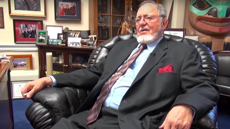 Don Young, el congresista republicano de 85 años y 24 mandatos consecutivos