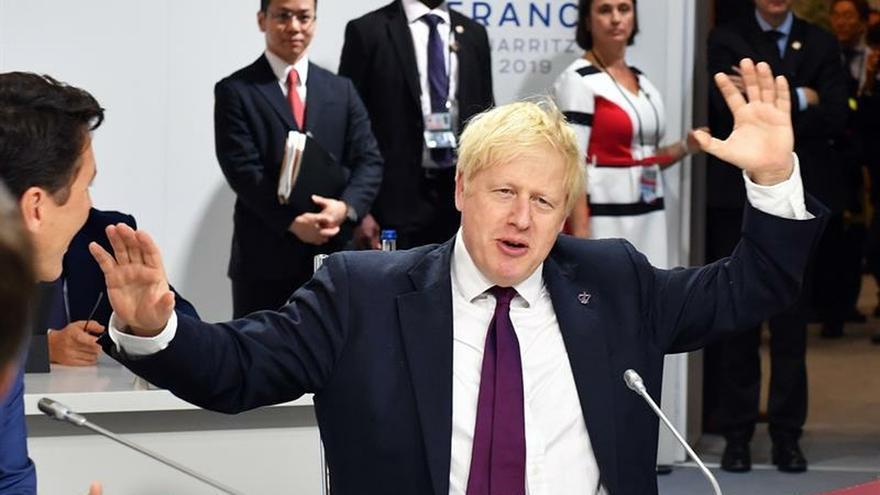 Johnson busca asesoramiento legal para clausurar el parlamento, según la prensa