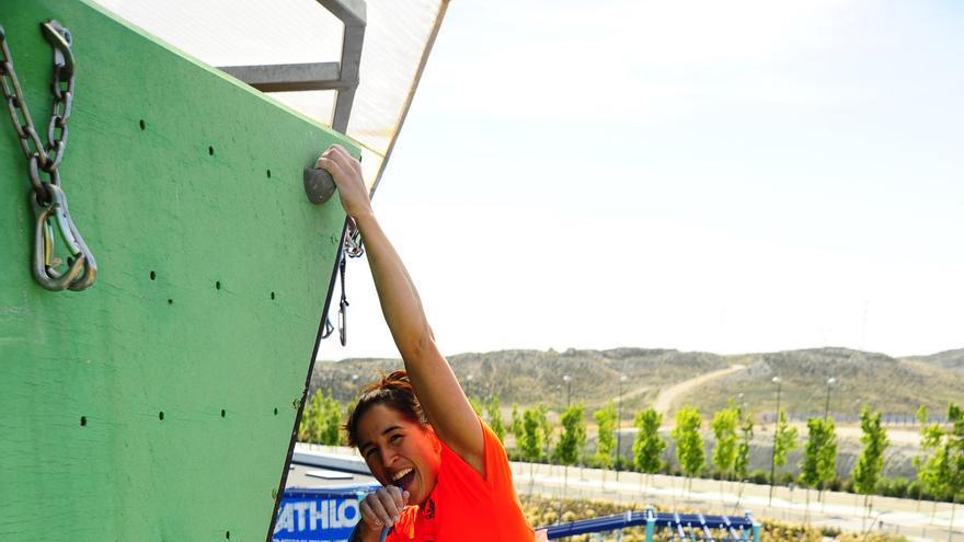 Irati Anda en en Dock39 Puerto Venecia, durante el Campeonato de España de Escalada de Dificultad (© David Munilla / FEDME).