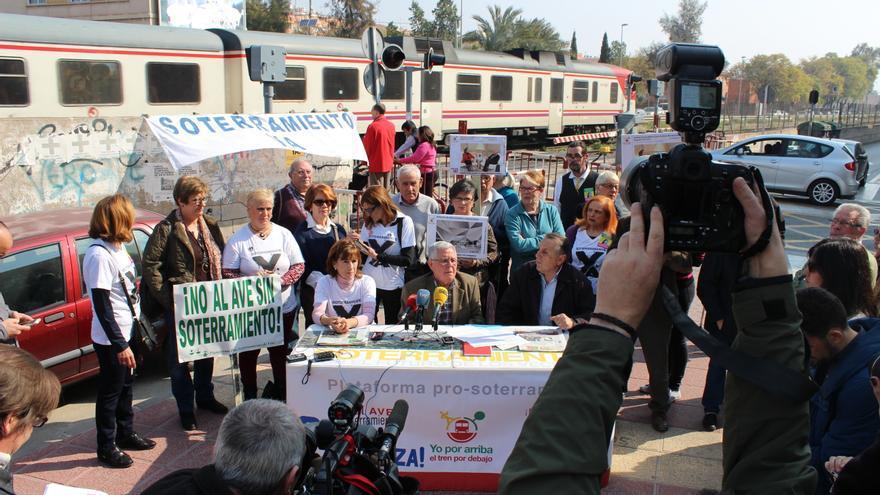 El AVE llega a Murcia Rueda-Plataforma-Pro-Soterramiento-PSS_EDIIMA20150313_0373_14