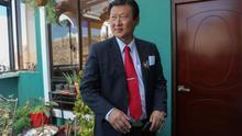 El candidato a la Presidencia de Bolivia por el Partido Demócrata Cristiano (PDC), Chi Hyun Chung, durante una entrevista con Efe, en La Paz (Bolivia).