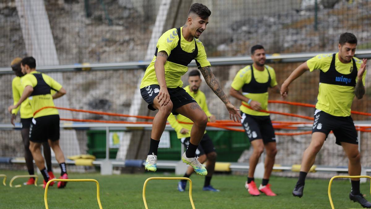 Jugadores de la UD Las Palmas en un entrenamiento