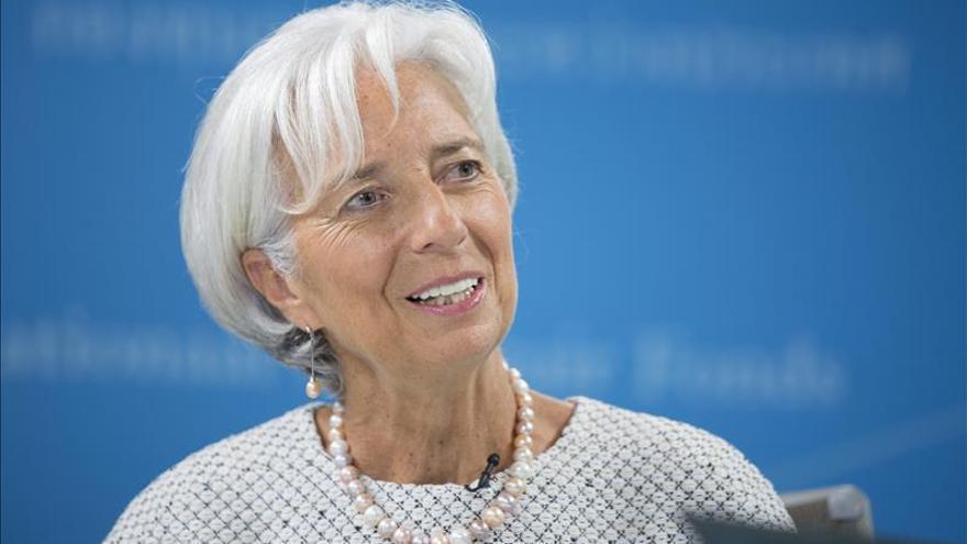 """Lagarde ve """"prometedor"""" el escenario en el euro y más volatilidad en los emergentes"""
