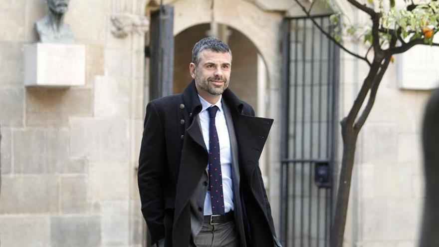 Santi Vila apuesta por Pascal, portavoz de CDC, para liderar la renovación