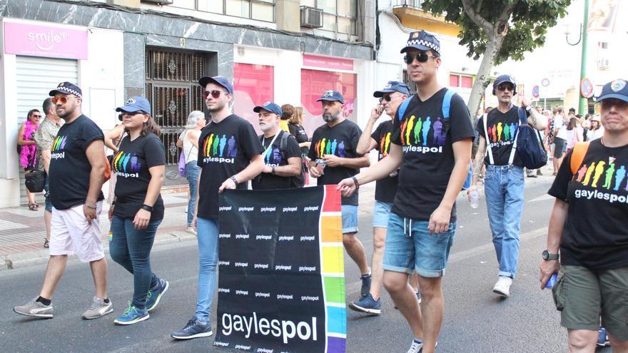 Un grupo de manifestantes reivindicó los derechos LGTBI en el gremio de la Policía.