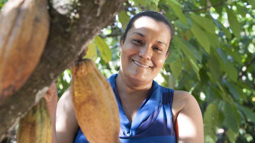 Maribel Villar es productora de la cooperativa COOPROAGRO en República Dominicana, que produce parte del cacao que se utiliza en los productos de Comercio Justo de Oxfam Intermón. (c) Guadalupe de la Vallina / Oxfam Intermón