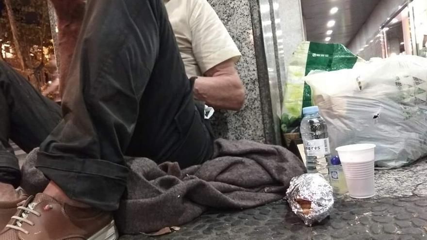 Los hombres siguen siendo el colectivo mayoritario de las personas sin hogar (88%).