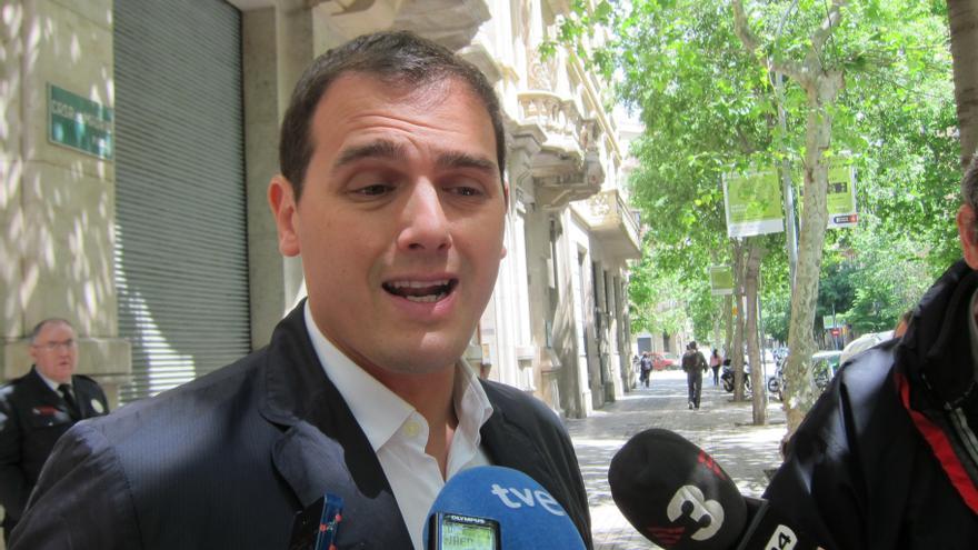 Rivera (C's) culpa al PP y CiU de que la educación catalana no sea trilingüe
