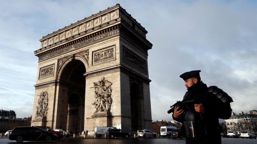 Al menos 177 arrestos en París para impedir actos violentos en las protestas