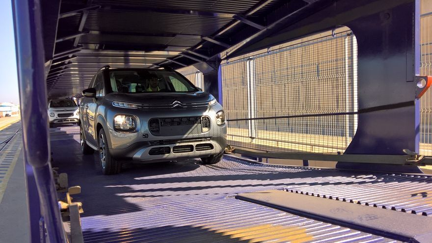 Imagen de uno de los vehículos que han llegado al Puerto de València