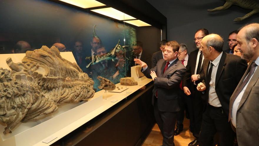 García-Page en el Museo de Paleontología de Cuenca / JCCM