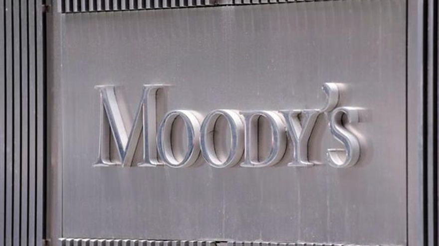 Moody's mantiene en negativo la perspectiva de la banca española