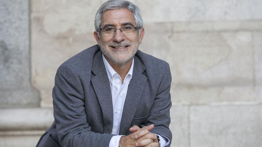 Foto del perfil del excoordinador general de Izquierda Unida Gaspar Llamazares en la plataforma Actúa.
